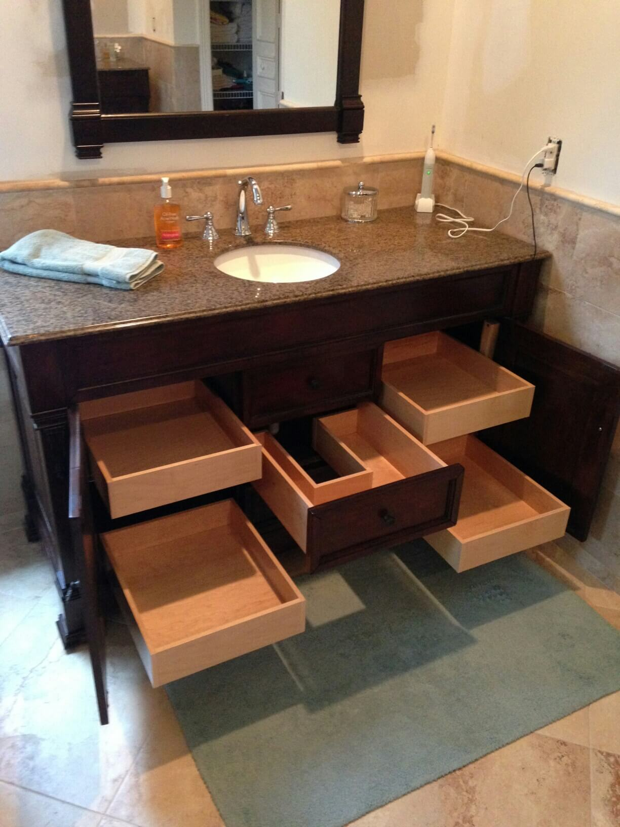 Why You Should Hire The Drawer Dude